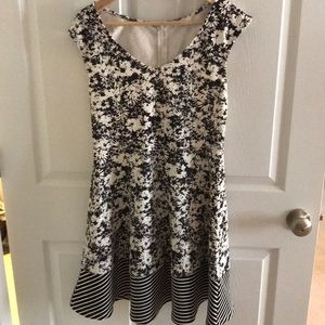 Mystree size medium dress